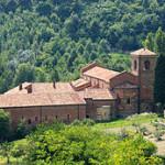 260px-Albugnano_Abbazia_Vezzolano
